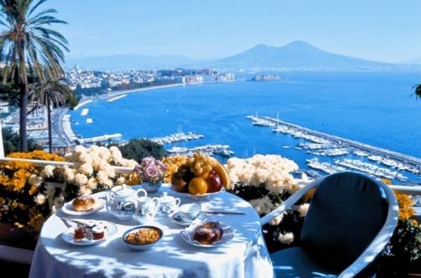 Чем привлекает туристов Европа