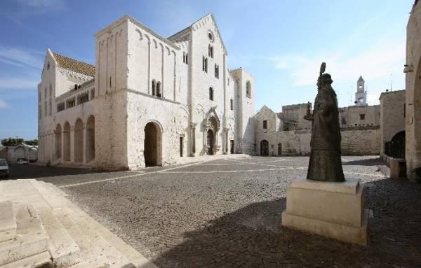 мощам Святого Николая Чудотворца, Бари - Апулии