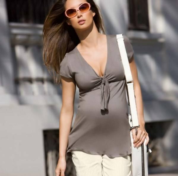 Современные тенденции модной итальянской одежды для беременных 2016