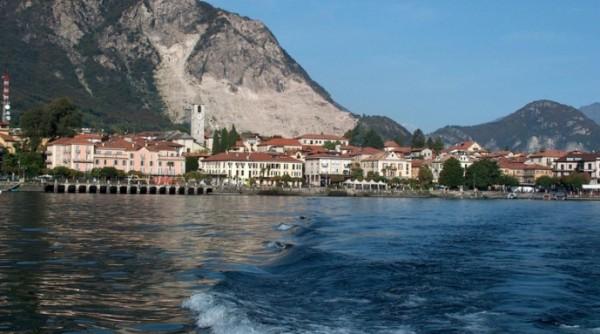 городок Бавено, Италия