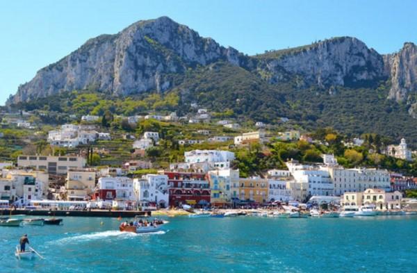 Остров Капри - одно из красивейших мест Италии