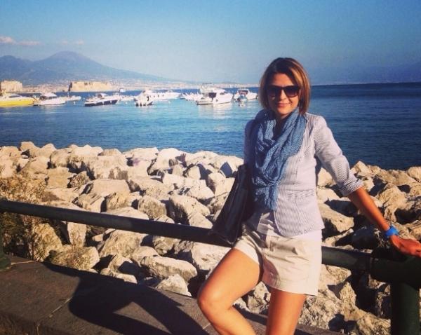 Елена - гид в Неаполе и Италии