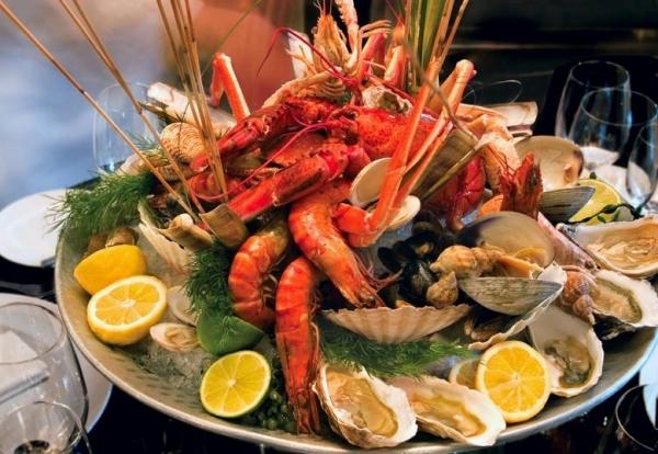 Кастелламмаре-дель-Гольфо - есть несколько классных ресторанов рыбных блюд